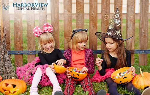 Halloween is Over: 5 Dentist Tips to Avoid Candy Cavities